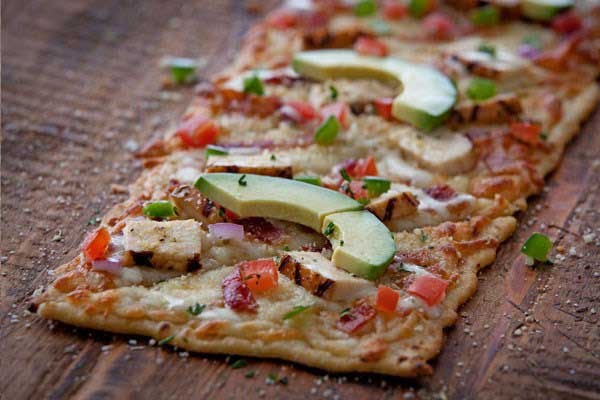 Chilis California Grilled Chicken Flatbread<